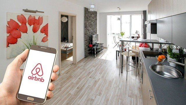 Generate passive income with Airbnb